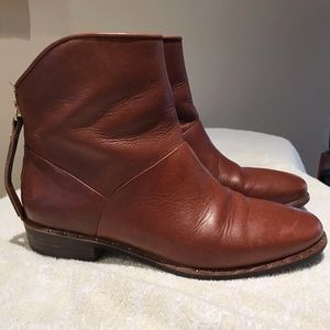 Ugg leather Bruno Ankle Bootie